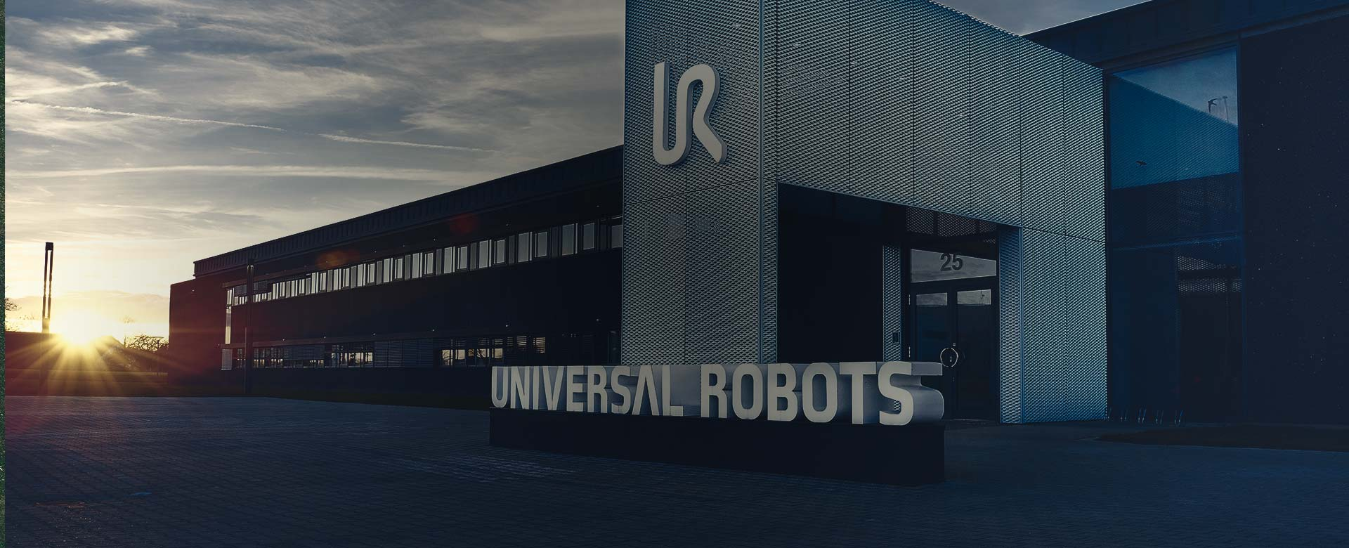 Universal Robots Company